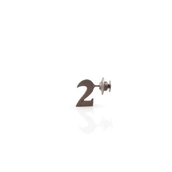 〈金焊物|Steinlöten|Stone Solder, 2016〉 王琦 Qi WANG, 白金, 钢, 金属焊接 / Weißgold, Stahl, Löten / White Gold, Steel, Solder, 10 x 1 x 16 (mm)